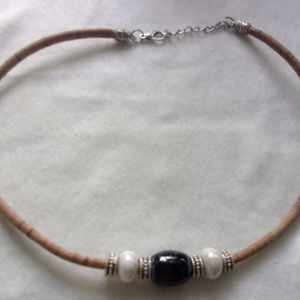 Jewelry - Leather collar neck;ace